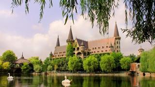 Замъкът в Равадиново в топ 3 на най-красивите дворци в Европа