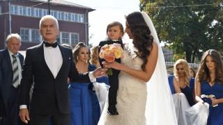 Вижте снимки от пищната сватба на Волен Сидеров