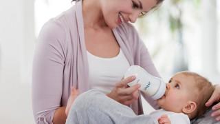 Полезни съвети за хранене на бебето с бутилка