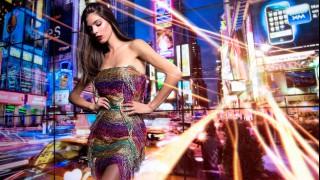 Новата модна колекция на Tina - блясък и изобилие от материи и орнаменти