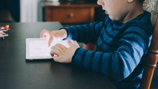 Трябва ли да има Mесинджър за деца във фейсбук?