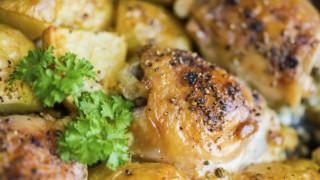 Пиле с картофи, шалот и естрагон