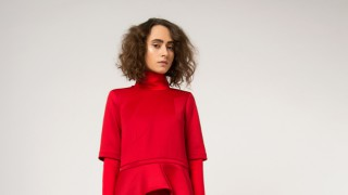 Дизайнерката Нели Митева: В червено и златно на Нова година