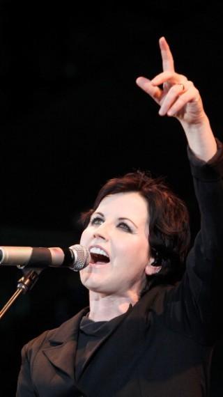Изненадващо почина вокалистката на ''The Cranberries''