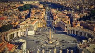 Рим през зимата: Слънце, папагали и романтика без селфи стикове