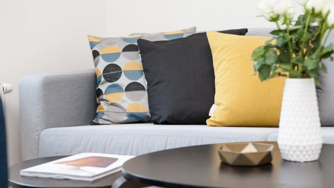 7 сигурни начина да прочистите енергията в жилището си
