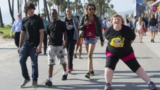 Социален експеримент: Как реагират околните на хора с наднормено тегло (СНИМКИ)