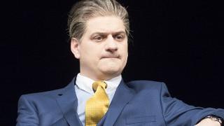 Бачев и Лафазанов спукват публиката от смях в Сатирата