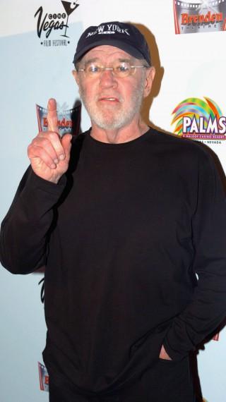 Джордж Карлин: Животът не се мери с броя вдишвания, а с моментите, които спират дъха!