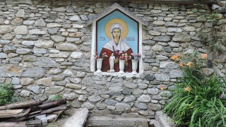Почитаме св. Марина: Покровителка на змиите и бурите
