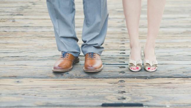 Пет жени разказват: Какво е да излизаш с по-възрастен мъж?