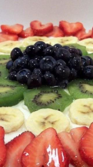 Пица с плодове