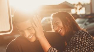 Секънд-хенд любов и джънк-фууд отношения: Това ли се предлага днес?