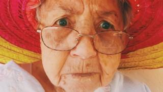 Когато баба ти е по-забавна, отколкото ти някога ще бъдеш
