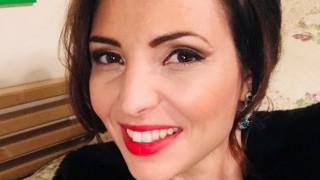 Тв водещата и модел Ева Кикерезова стана майка за трети път (Снимка)