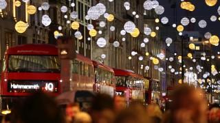 Светлините на Европа: София трябваше да бъде разкош по Коледа! (Снимки)