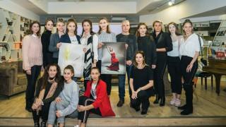 Златните момичета на България в новия благотворителен календар на Fibank