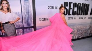 Джей Ло шеметна в розово (Снимки)