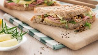 Вкусен запечен сандвич