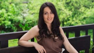 Да се научим да се чувстваме добре в кожата си – Feel Good с Весела Петрова