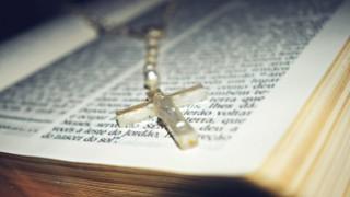 Сексуалното робство, което завладя църквата