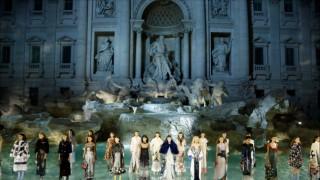 Fendi със специално шоу в Рим в памет на Карл Лагерфелд