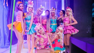 "Мария Илиева аплодира ""Beauty Dolls"""