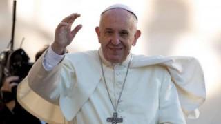 Папа Франциск: За да растат добре, децата трябва да...