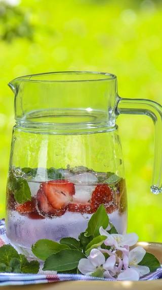 Ето я напитката, която ще ви спаси в горещините!