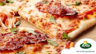 Пица с Чоризо и свежи билки