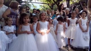 Избират най-хубавата каленица в Асеновград
