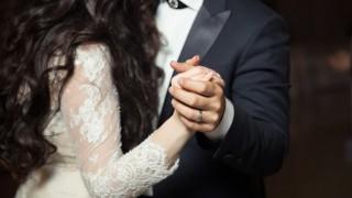 Порция женска отрова: Виж какво правят другите мъже, а ти - нищо