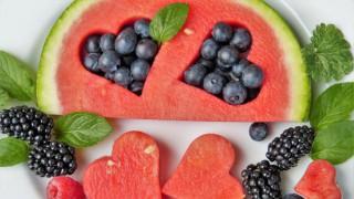 5 начина да почистим петната от плодове