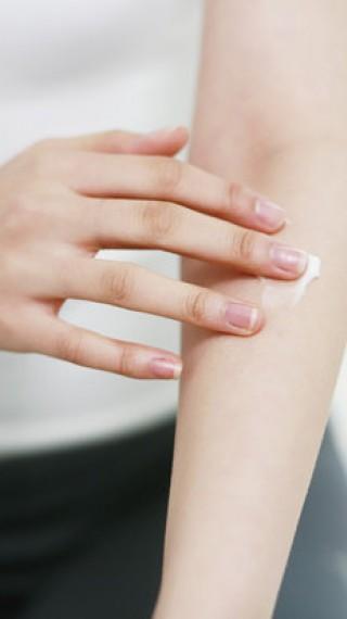 Защо се появяват пъпчици по ръцете и краката