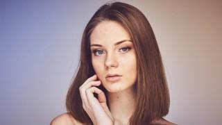Как да се грижим за мазната кожа на лицето?