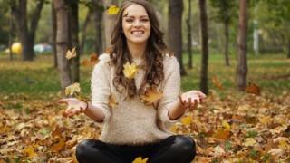 Защо смяната на сезоните отключва хроничните болки и как да се справим с тях
