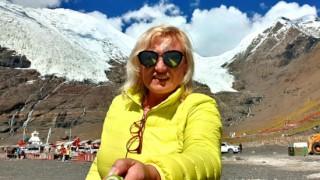 Жената на Цецо Елвиса покори глетчер в Тибет