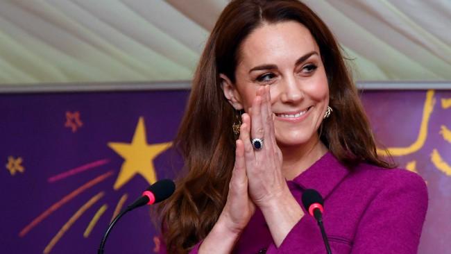 Кейт Мидълтън e бременна в третия месец?
