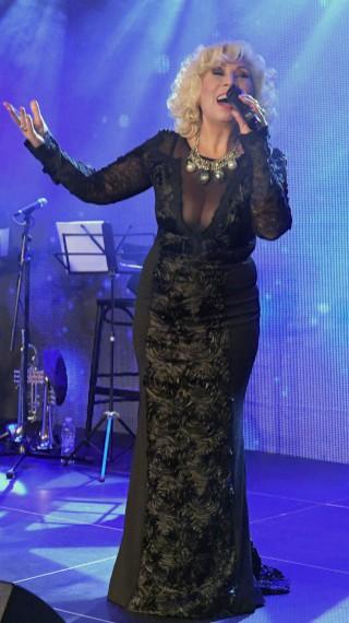 Силвия Кацарова спазва строга диета с кълнове