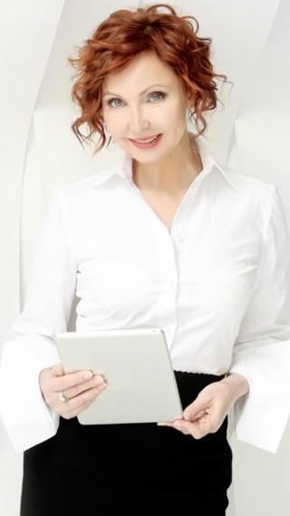 Лариса Ренар: Жената в днешно време си е самодостатъчна