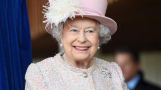 Кралицата спря да носи кожени палта, а ние докога ще продължаваме?