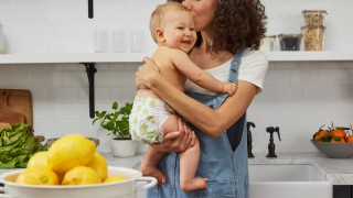 България е на трето място по най-дълъг отпуск по майчинство