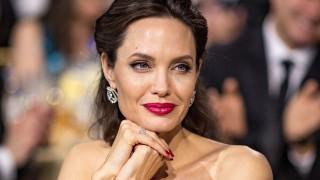 Новото гадже на Анджелина Джоли е жена