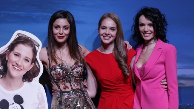 Новият сериал на bTV тръгна с топ красавици и холивудски блясък