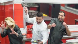 Кой изяжда изхвърлената храна в Hell's Kitchen?
