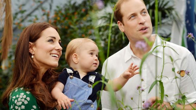 Кейт и Уилям рзтопиха британците с трогателно семейно видео в чест на лекарите