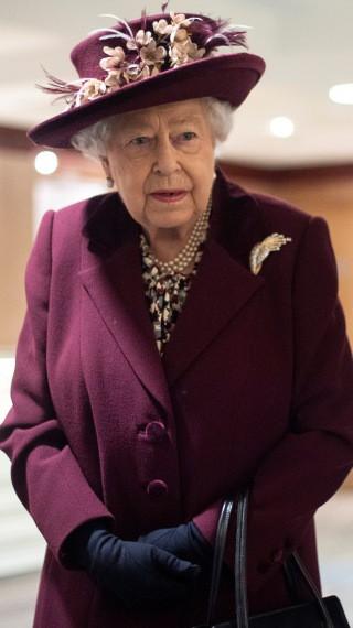 Кралица Елизабет Втора: Заедно ще преодолеем коронавируса