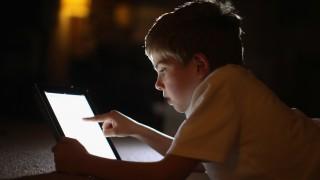 Съветите на ТОП експерт: 10 трика как да накараме детето да учи дистанционно