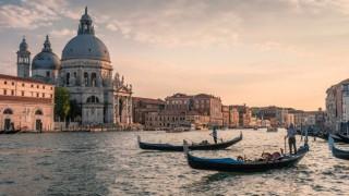 Жителите на Венеция: Ужас, кафето стана 40 лв. Ние: Елате на Слънчака!