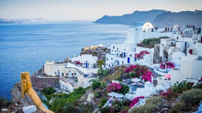 Докога ще отваряте и затваряте Гърция? Здравей, Черно море!